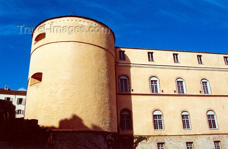 corsica174: Corsica - Bastia: Palais des Gouvérneurs II - Am Place de Donjon - photo by M.Torres - (c) Travel-Images.com - Stock Photography agency - Image Bank