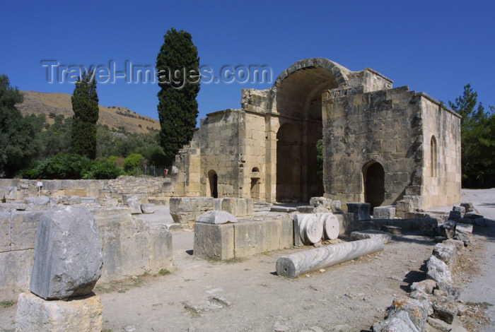 crete91: Crete, Greece - Gortys / Gortis (Heraklion prefecture): basilica of Agios Titos (photo by A.Stepanenko) - (c) Travel-Images.com - Stock Photography agency - Image Bank