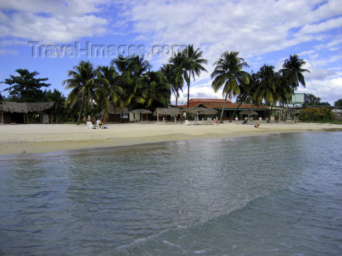 cuba113: Cuba - Bay of Pigs / Bahía de Puercos: beach - site of the failed Bay of Pigs Invasion during John F. Kennedy's presidency - Grisbukten - photo by L.Gewalli - (c) Travel-Images.com - Stock Photography agency - Image Bank
