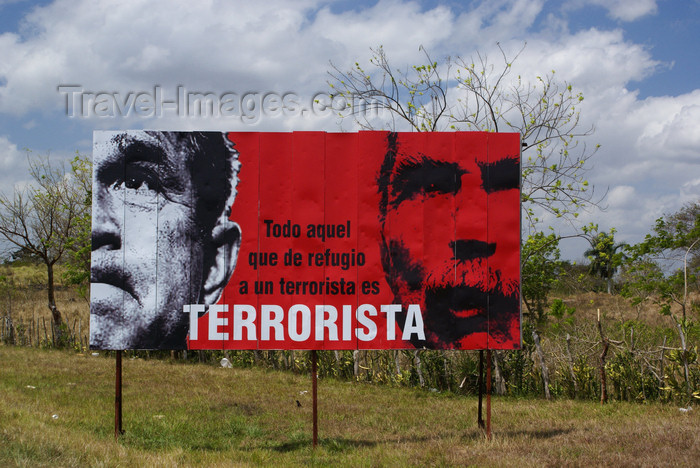 cuba144: Santa Clara, Villa Clara province, Cuba: terrorist - anti-American billboard - photo by A.Ferrari - (c) Travel-Images.com - Stock Photography agency - Image Bank