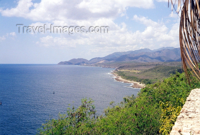 cuba2: Cuba / Kuba - Sierra Maestra and the Carib (photo by M.Torres) - (c) Travel-Images.com - Stock Photography agency - Image Bank