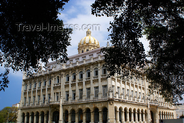 cuba27: Havana, Cuba: Museum of the Revolution - once Fulgencio Batista's presidential palace - photo by  A.Ferrari - (c) Travel-Images.com - Stock Photography agency - Image Bank