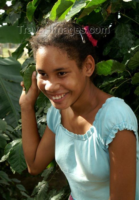 cuba98: Cuba - Holguín province - girl in blue - portrait 300 dpi PICT3990 - photo by G.Friedman - (c) Travel-Images.com - Stock Photography agency - Image Bank