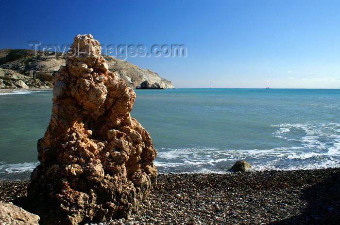 cyprus119: Petra Tou Romiou - Paphos district, Cyprus: rock column - photo by A.Ferrari - (c) Travel-Images.com - Stock Photography agency - Image Bank