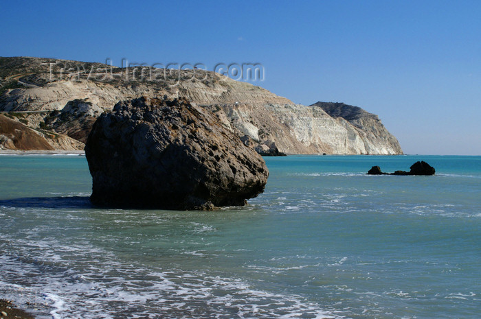 cyprus121: Petra Tou Romiou - Paphos district, Cyprus: islet - photo by A.Ferrari - (c) Travel-Images.com - Stock Photography agency - Image Bank