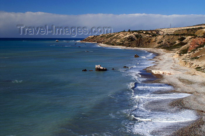 cyprus126: Petra Tou Romiou - Paphos district, Cyprus: coastline - photo by A.Ferrari - (c) Travel-Images.com - Stock Photography agency - Image Bank