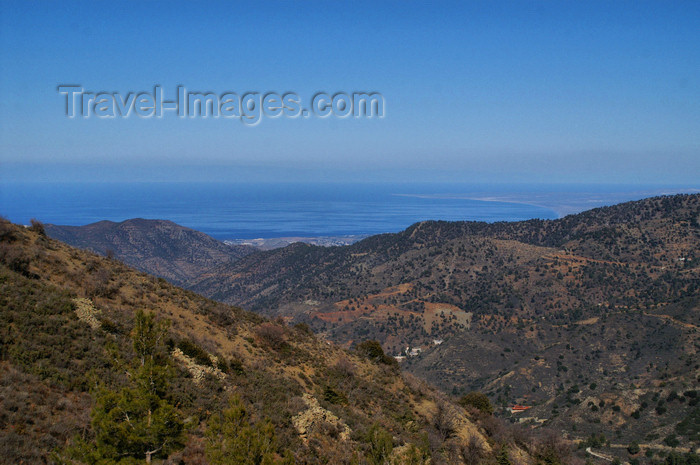 cyprus127: Troodos mountains - Nicosia district, Cyprus: view over the northern coast from the Troodos mountains - photo by A.Ferrari - (c) Travel-Images.com - Stock Photography agency - Image Bank