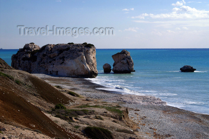 cyprus23: Petra Tou Romiou - Paphos district, Cyprus: tranquil beach - photo by A.Ferrari - (c) Travel-Images.com - Stock Photography agency - Image Bank