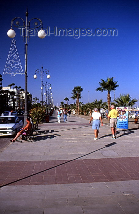 cyprus34: Cyprus  - Aiya Napa - Famagusta district - promenade - photo by Tony Brown - (c) Travel-Images.com - Stock Photography agency - Image Bank