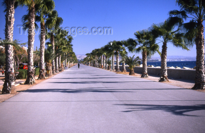 cyprus38: Cyprus  - Limassol - palm lined promenade - photo by Tony Brown - (c) Travel-Images.com - Stock Photography agency - Image Bank