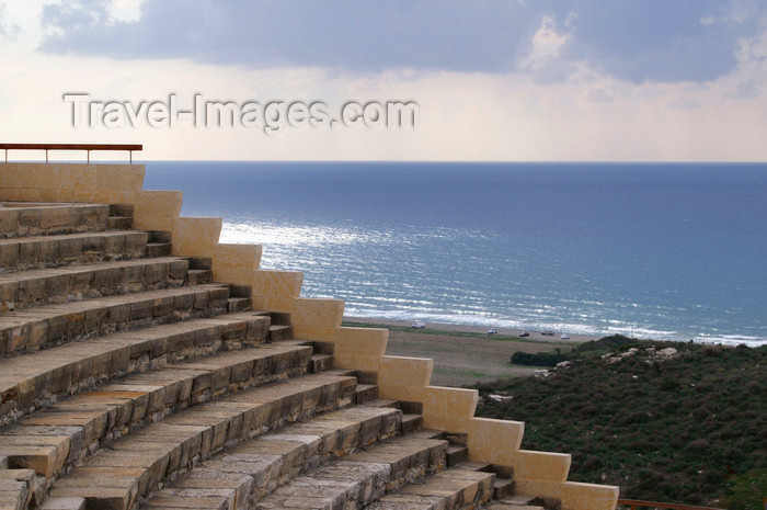 cyprus61: Kourion - Limassol district, Cyprus: Greco-Roman theatre and the eastern Mediterranean - photo by A.Ferrari - (c) Travel-Images.com - Stock Photography agency - Image Bank