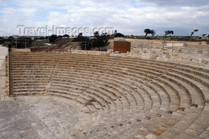 cyprus62: Kourion - Limassol district, Cyprus: the theatre - photo by A.Ferrari - (c) Travel-Images.com - Stock Photography agency - Image Bank
