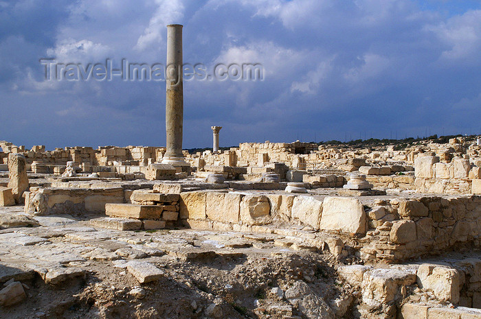 cyprus68: Kourion - Limassol district, Cyprus: ruins of a Roman basilica - photo by A.Ferrari - (c) Travel-Images.com - Stock Photography agency - Image Bank