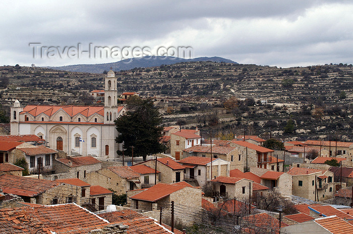 cyprus77: Lofou - Limassol district, Cyprus: village and church - photo by A.Ferrari - (c) Travel-Images.com - Stock Photography agency - Image Bank