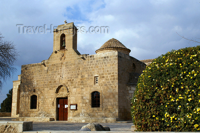 cyprus89:  Kiti - Larnaca district, Cyprus: Angeloktisti church - facade - photo by A.Ferrari - (c) Travel-Images.com - Stock Photography agency - Image Bank