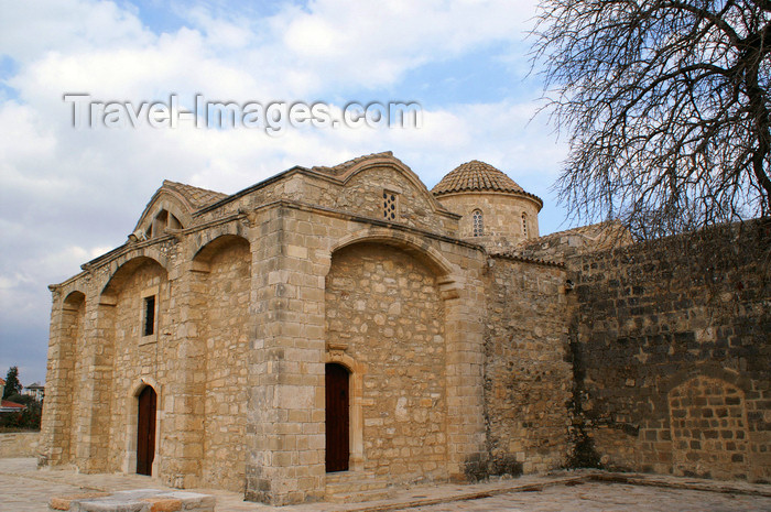 cyprus90: Kiti - Larnaca district, Cyprus: Angeloktisti church - side wing - photo by A.Ferrari - (c) Travel-Images.com - Stock Photography agency - Image Bank