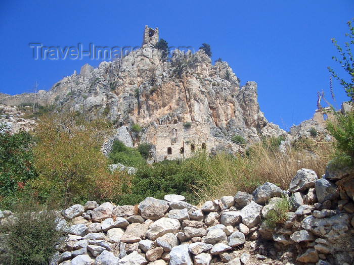 cyprusn18: Cyprus - Kyrenia region: St Hilarion castle - hill top (photo by Rashad Khalilov) - (c) Travel-Images.com - Stock Photography agency - Image Bank