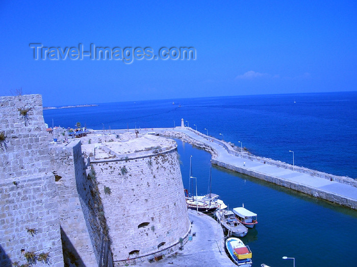 cyprusn23: Cyprus - Kyrenia / Girne: the pier from the castle (photo by Rashad Khalilov) - (c) Travel-Images.com - Stock Photography agency - Image Bank
