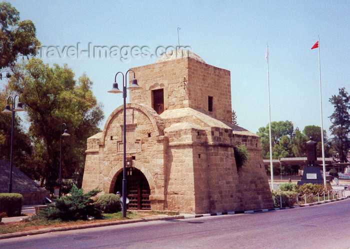 "cyprusn3: Cyprus - Nicosia / NIC / Lefkosa : Kyrenia gate - the Venetian ""Porta del Proveditore"" (photo by Miguel Torres) - (c) Travel-Images.com - Stock Photography agency - Image Bank"