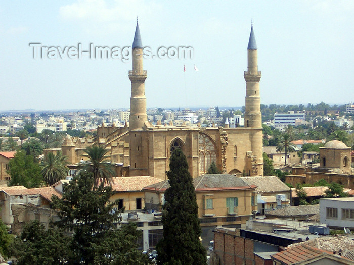 cyprusn32: Cyprus - Nicosia / Lefkosia: Cathedral of St Sophia - Selimiye mosque (photo by Rashad Khalilov) - (c) Travel-Images.com - Stock Photography agency - Image Bank