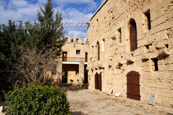cyprusn43: Kyrenia, North Cyprus: courtyard of the castle - photo by A.Ferrari - (c) Travel-Images.com - Stock Photography agency - Image Bank