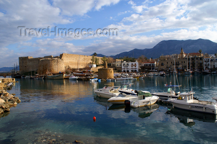 cyprusn51: Kyrenia, North Cyprus: castle, harbour and town - photo by A.Ferrari - (c) Travel-Images.com - Stock Photography agency - Image Bank
