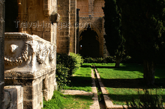 cyprusn56: Bellapais, Kyrenia district, North Cyprus: Bellapais abbey - interior - photo by A.Ferrari - (c) Travel-Images.com - Stock Photography agency - Image Bank
