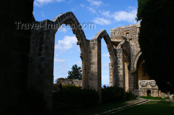 cyprusn58: Bellapais, Kyrenia district, North Cyprus: Bellapais abbey - ruined arcade - photo by A.Ferrari - (c) Travel-Images.com - Stock Photography agency - Image Bank