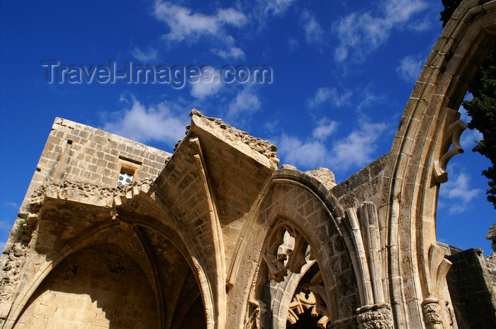 cyprusn60: Bellapais, Kyrenia district, North Cyprus: Bellapais abbey - ruins of the nave - photo by A.Ferrari - (c) Travel-Images.com - Stock Photography agency - Image Bank