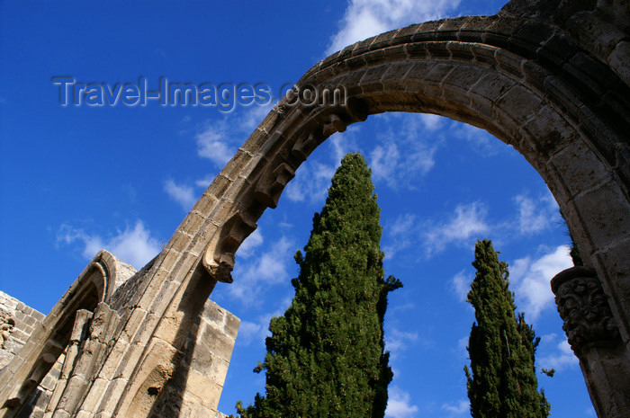 cyprusn62: Bellapais, Kyrenia district, North Cyprus: Bellapais abbey - arcade and sky - photo by A.Ferrari - (c) Travel-Images.com - Stock Photography agency - Image Bank