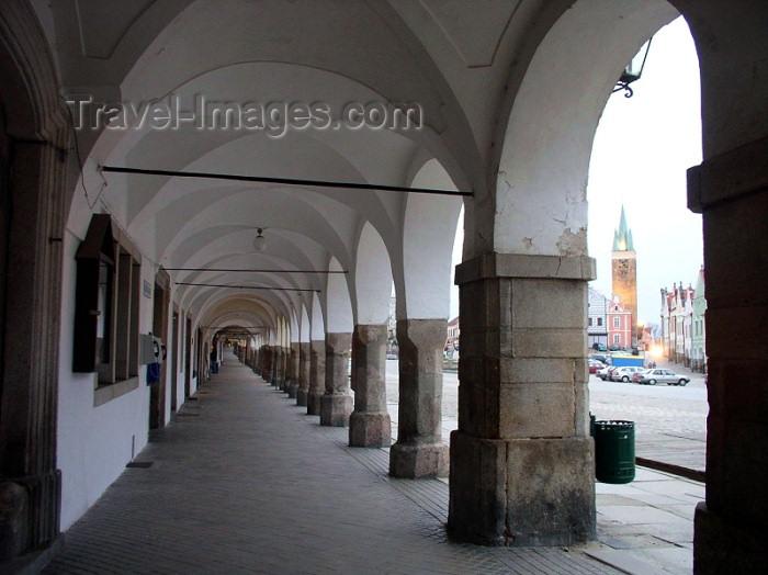 czech119: Czech Republic - Telc / Teltsch  (Southern Moravia - Jihomoravský - Jihlavský kraj: arcade - photo by J.Kaman - (c) Travel-Images.com - Stock Photography agency - Image Bank