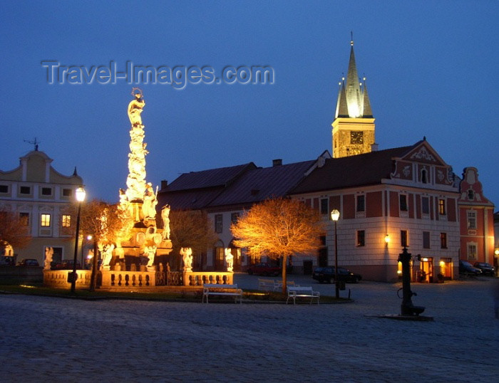 czech125: Czech Republic - Telc / Teltsch (Southern Moravia - Jihomoravský - Jihlavský kraj): saints on market square - Marian Column / Mariansky sloup - sculptor D. Lipart - Zachariáse z Hradce Square - photo by J.Kaman - (c) Travel-Images.com - Stock Photography agency - Image Bank