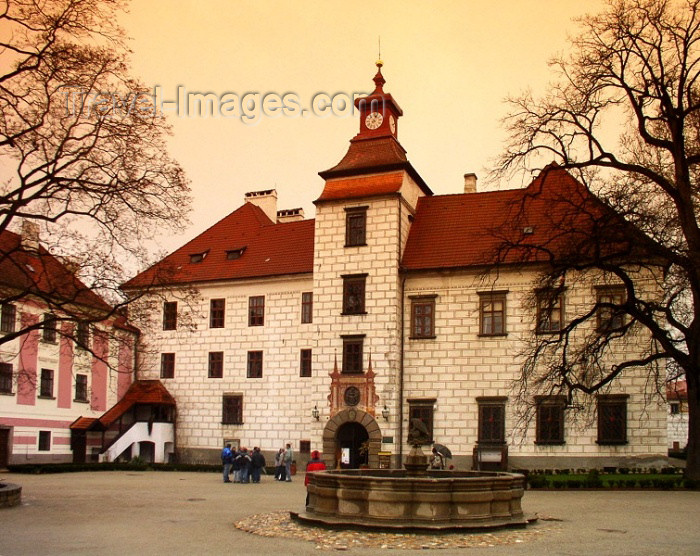 czech170: Czech Republic - Trebon / Wittingau (Southern Bohemia - Jihoceský - Budejovický kraj): Chatteau - Jindrichuv Hradec district, Southern Bohemia - photo by J.Kaman - (c) Travel-Images.com - Stock Photography agency - Image Bank