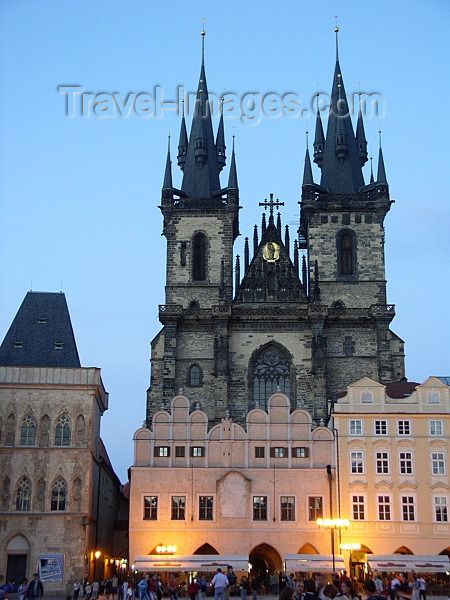 czech182: Czech Republic - Prague: Old Town square and the Church of Our Lady Before Tyn - photo by J.Kaman - (c) Travel-Images.com - Stock Photography agency - Image Bank