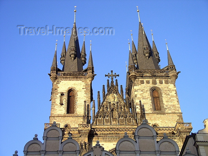 czech184: Czech Republic - Prague: towers of the Church of Our Lady before Tyn - photo by J.Kaman - (c) Travel-Images.com - Stock Photography agency - Image Bank