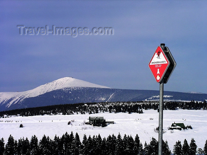 czech189: Czech Republic - Krkonose mountains - Snezka mountain: highest peak in the Karkonosze Mountains - Sudetes mountain range - view from the ski track - Hradec Králové region - photo by J.Kaman - (c) Travel-Images.com - Stock Photography agency - Image Bank