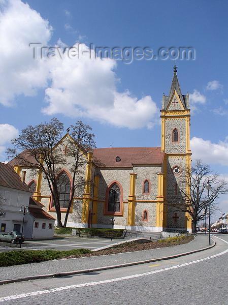 czech219: Czech Republic - Hluboka nad Vltavou  (Southern Bohemia - Jihoceský - Budejovický kraj): Pseudo-Gothic Church of St. John Nepomucene - buit in 1846 - photo by J.Kaman - (c) Travel-Images.com - Stock Photography agency - Image Bank
