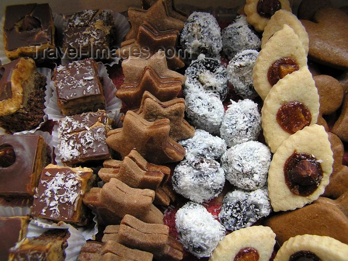 czech253: Czech Republic - Christmas cookies - sweets - photo by J.Kaman - (c) Travel-Images.com - Stock Photography agency - Image Bank
