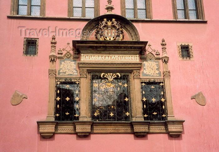 czech3: Czech Republic - Prague: window at the old town hall (photo by Miguel Torres) - (c) Travel-Images.com - Stock Photography agency - Image Bank
