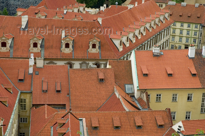 czech346: Czech Republic - Prague / Praha (Bohemia) / PRG: red roofs(photo by P.Gustafson) - (c) Travel-Images.com - Stock Photography agency - Image Bank