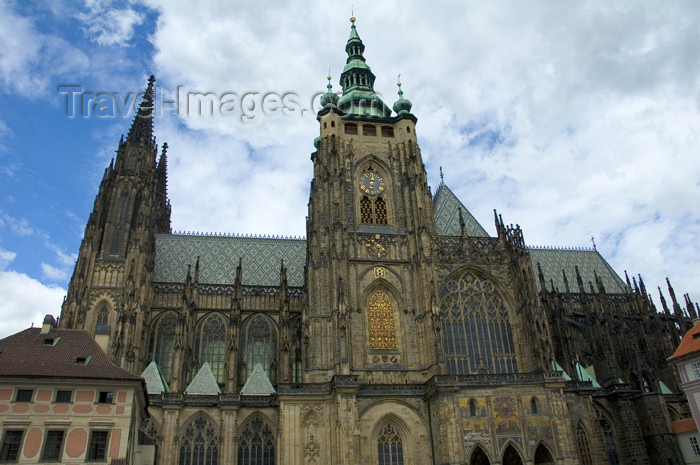 czech353: Czech Republic - Prague / Praha : St. Vitus Cathedral (photo by P.Gustafson) - (c) Travel-Images.com - Stock Photography agency - Image Bank