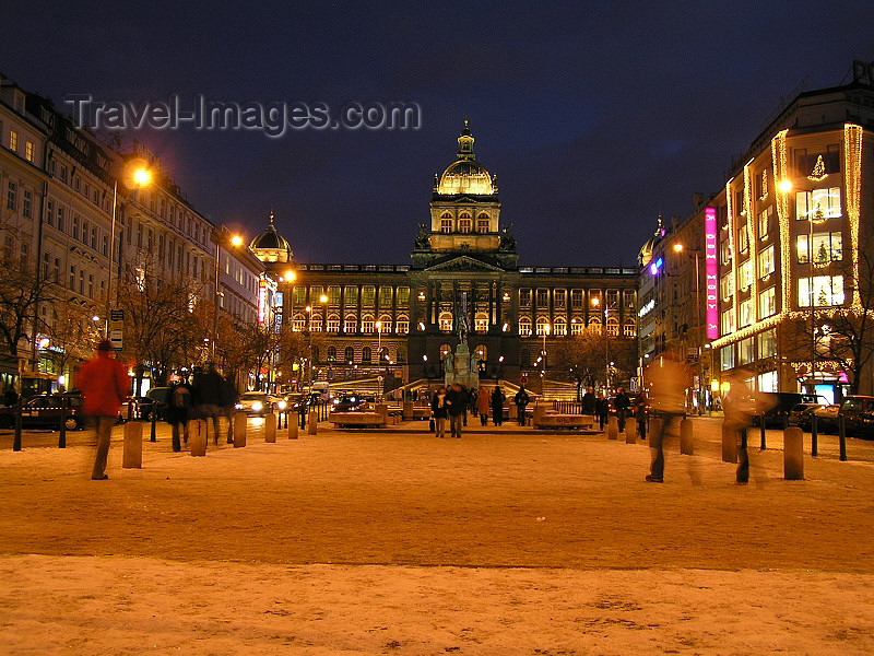 czech370: Czech Republic - Prague / Praha: Wenceslas Square / Václavské námìstí at night - photo by J.Kaman - (c) Travel-Images.com - Stock Photography agency - Image Bank