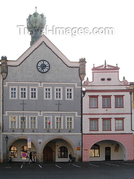czech378: Czech Republic - Litomerice / Leitmeritz - Ústí nad Labem Region (Northern Bohemia): Kalich house, now the town hall, main square - Mirove namesti - architect Ambrosio Balli - photo by J.Kaman - (c) Travel-Images.com - Stock Photography agency - Image Bank