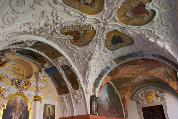 czech393: Czech Republic - Príbram: Svata Hora - ceilings and niches - photo by H.Olarte - (c) Travel-Images.com - Stock Photography agency - Image Bank