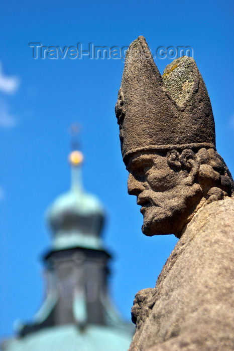 czech402: Czech Republic - Príbram: Svata Hora - bishop statue - photo by H.Olarte - (c) Travel-Images.com - Stock Photography agency - Image Bank