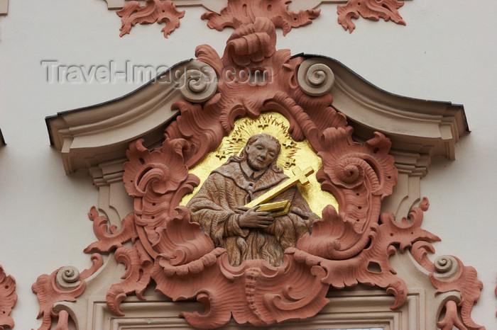 czech417: Saint over a gate - Prague, Czech Republic, Europe - photo by H.Olarte - (c) Travel-Images.com - Stock Photography agency - Image Bank