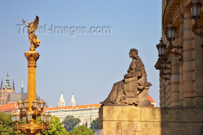 czech424: Statues outside the Rudolfinum. Prague, Czech Republic - photo by H.Olarte - (c) Travel-Images.com - Stock Photography agency - Image Bank