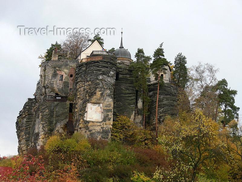 czech513: Czech Republic - Sloup v Cechach - Ceska Lipa District: Sloup castle - built into a sandstone pillar - Liberec Region - photo by J.Kaman - (c) Travel-Images.com - Stock Photography agency - Image Bank