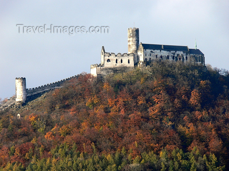 czech514: Czech Republic - Okna - Ceska Lipa District: Bezdez castle - Liberec Region - photo by J.Kaman - (c) Travel-Images.com - Stock Photography agency - Image Bank