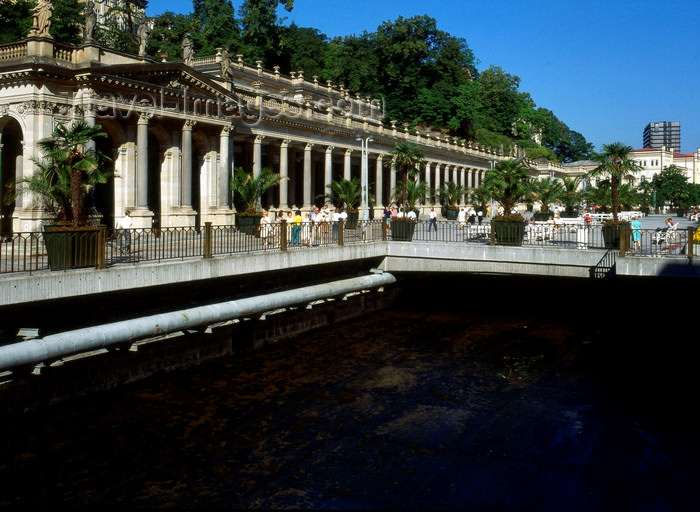 czech532: Czech Republic - Karlovy Vary / Carlsbad: the Mill / Mlynska Colonnade - Mühlbrunnkolonnade - photo by J.Fekete - (c) Travel-Images.com - Stock Photography agency - Image Bank